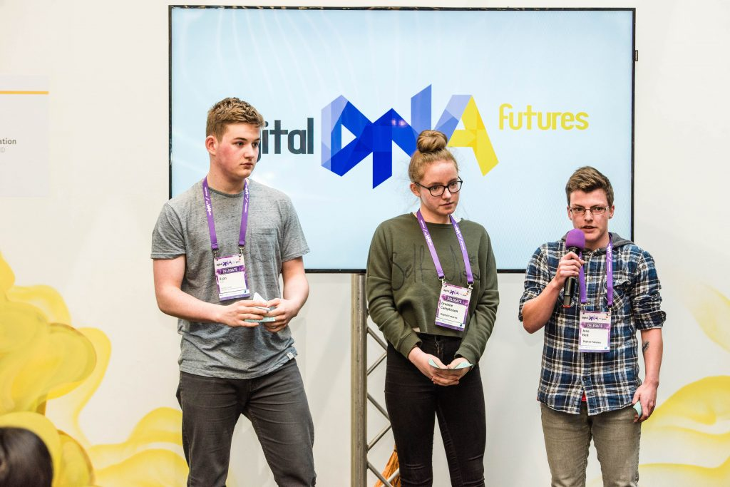 foto de Belfast teens claim top prize in tech pitch competition