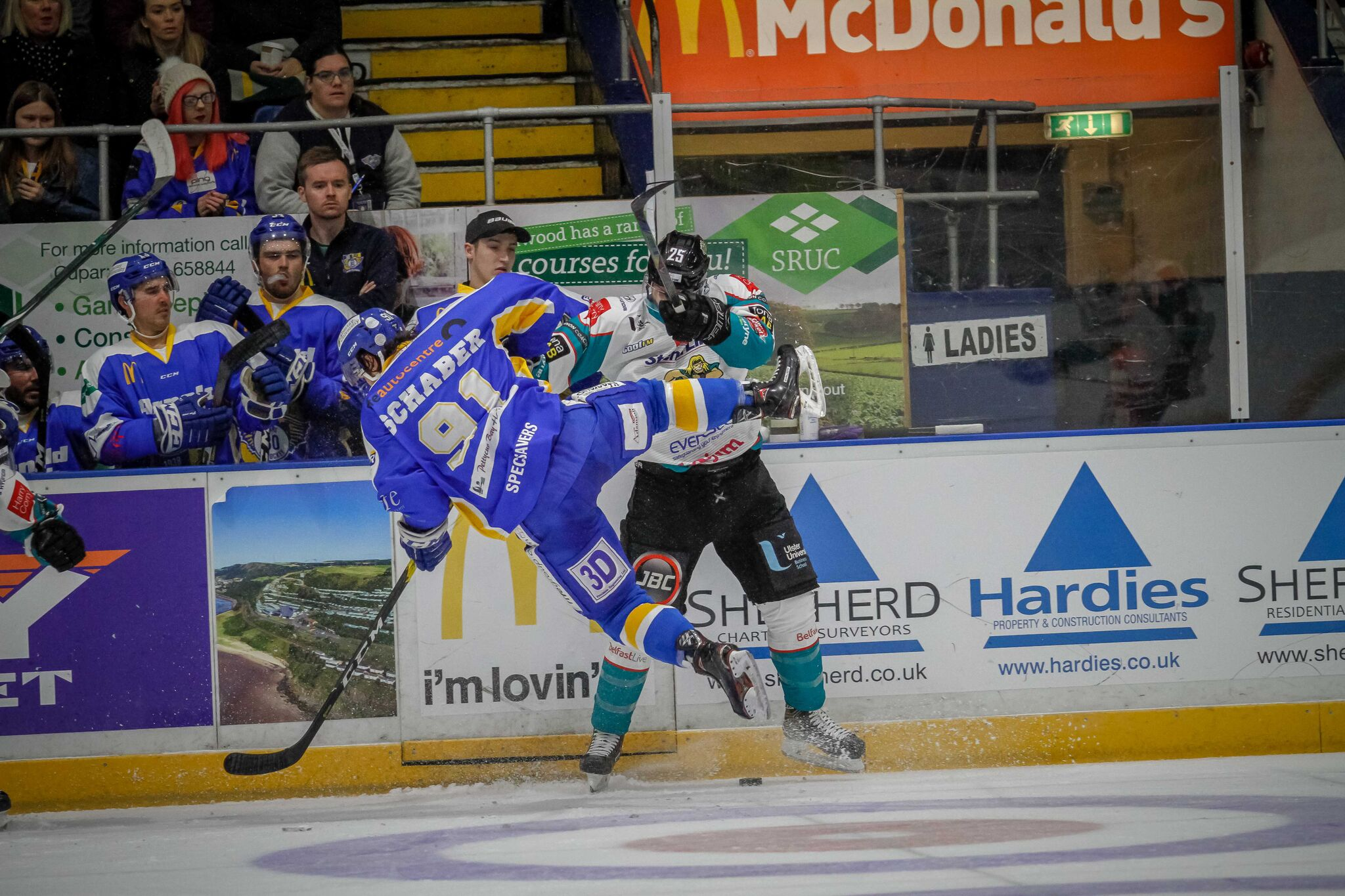 Final Period Flurry From Fife Leaves Belfast Giants Defeated 71ce06764