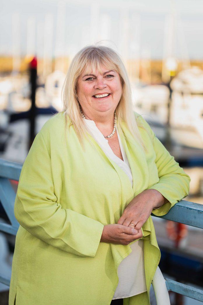 Diane Poole,